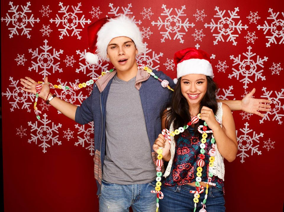 Miss Christmas Cast.Our Favorite Twins Are Back Don T Miss The Fosters