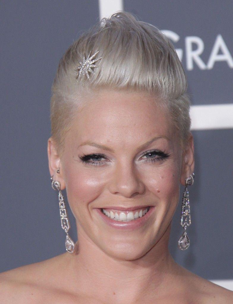 Pinks Elegant Grammy Hairstyle SheKnows CelebSalon Short - Platinum hairstyles