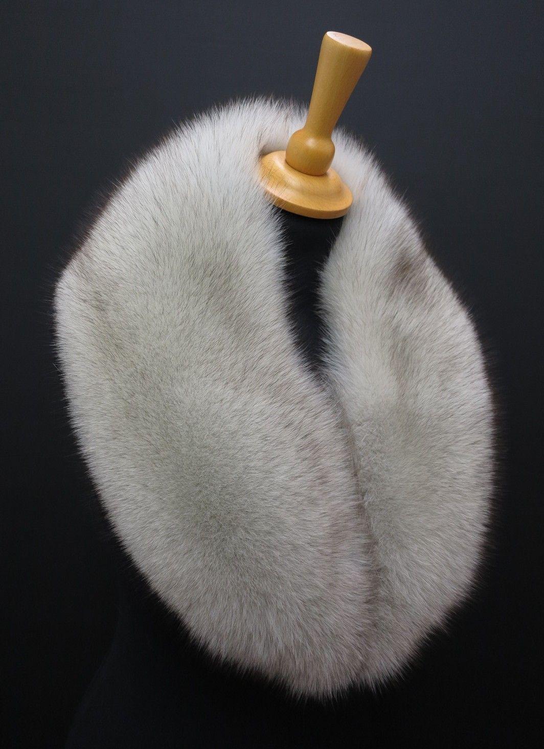 ad628769459 Luxusní kožešinový límec z polární lišky  realfur  kozesina  limec   kozesinovy  spongr