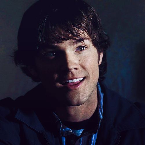 What a cutie im screaming supernatural pinterest i was sad the other day and my friend said think of something that makes you smile i said jared padalecki smiling urmus Choice Image