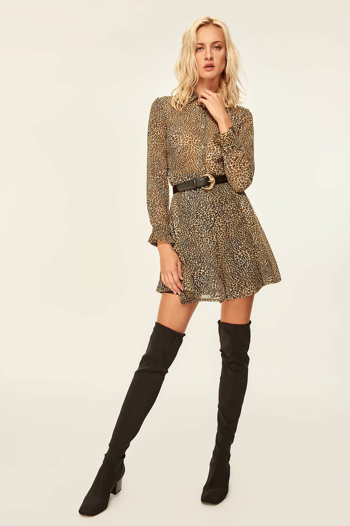Siyah Leopar Desenli Elbise Tofaw19ti0128 Trendyolmilla Trendyol Elbise Moda Moda Kombinleri