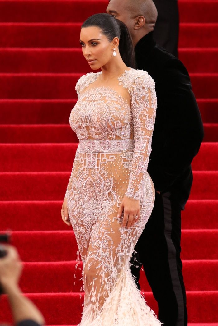 Kim Kardashian Style: Kim\'s Top Red Carpet Outfits | Gown photos ...