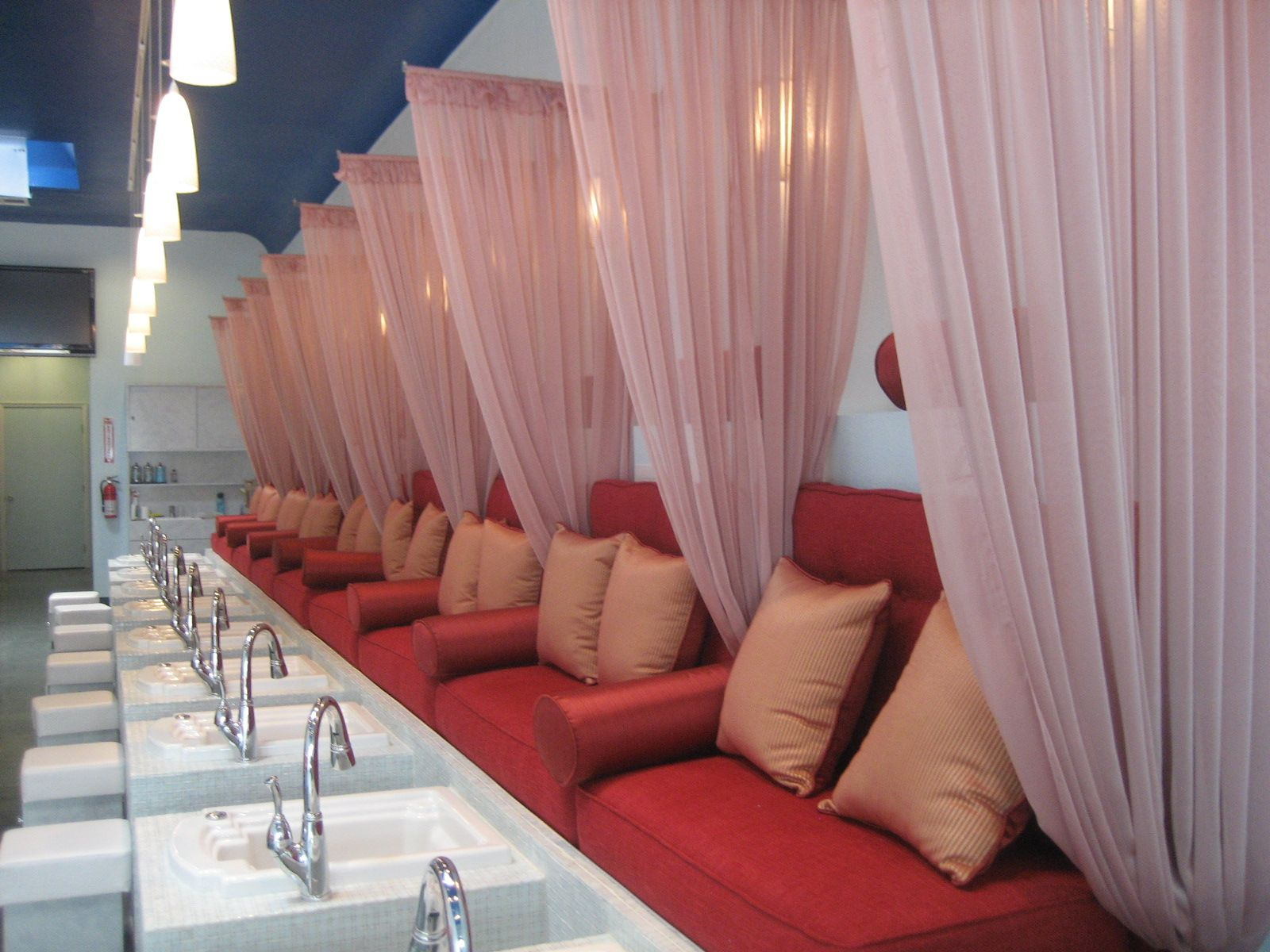 7 Cheap Pedi Places Trusted by LA Fashion Folks