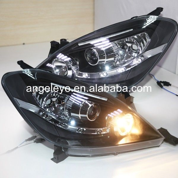 For Toyota Innova Headlights 2004 2007 Year Led Front Lamp Black Housing Jy Toyota Innova Toyota Projector Lens