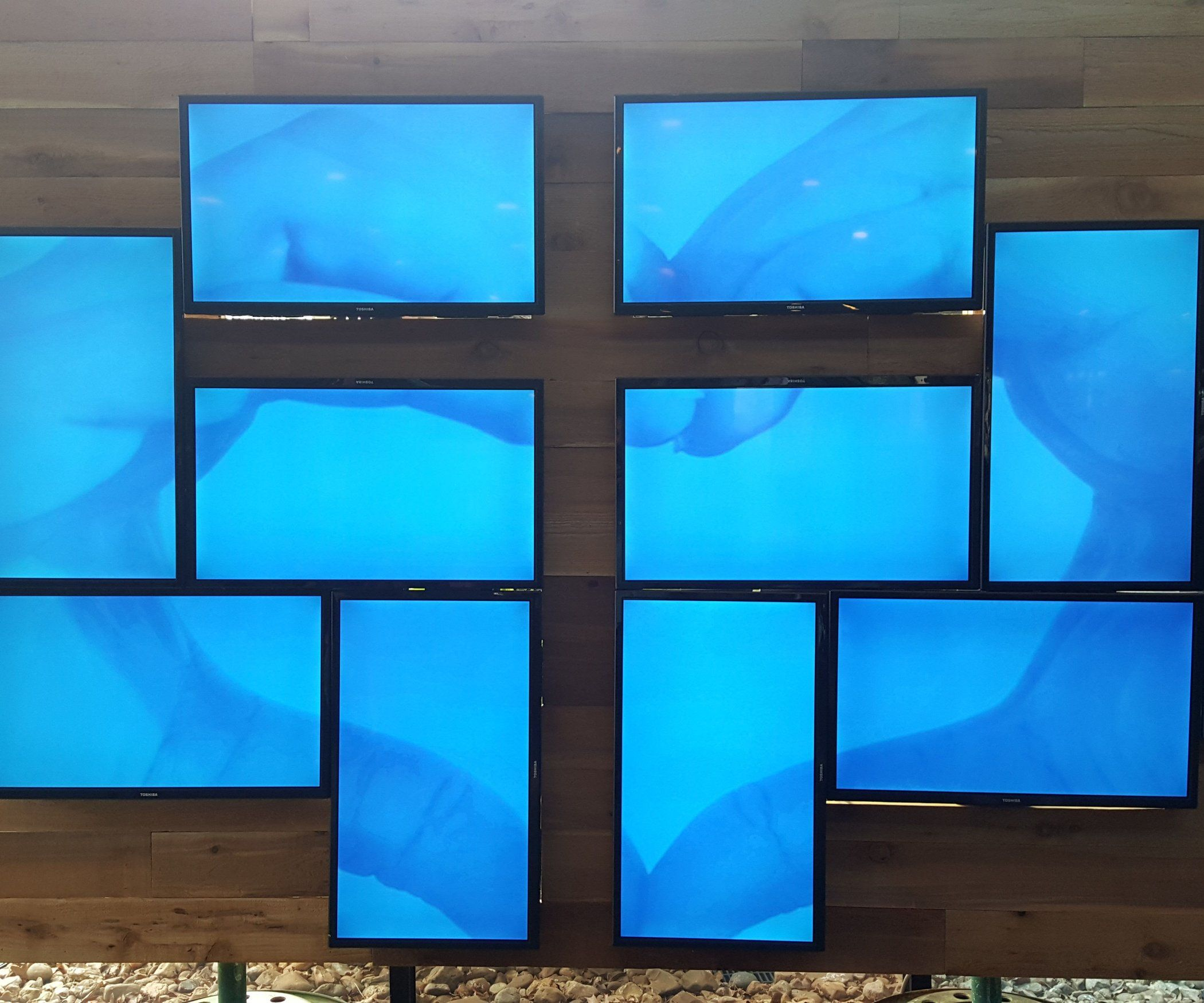 DIY Video Wall   IN THE COTTON   Video wall, Diy videos, Wall