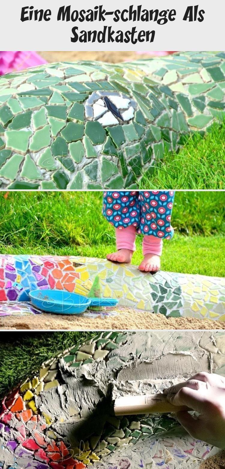EINE MOSAIK-SCHLANGE ALS SANDKASTEN - Hausbau & Garten, DIY, Inspirationen - Baby, Kind und Meer #gartenkunstMetall #gartenkunstHolz #gartenkunstKeramik #gartenkunstKinder #gartenkunstBeton #Sandkasten mosaik Eine Mosaik-schlange Als Sandkasten