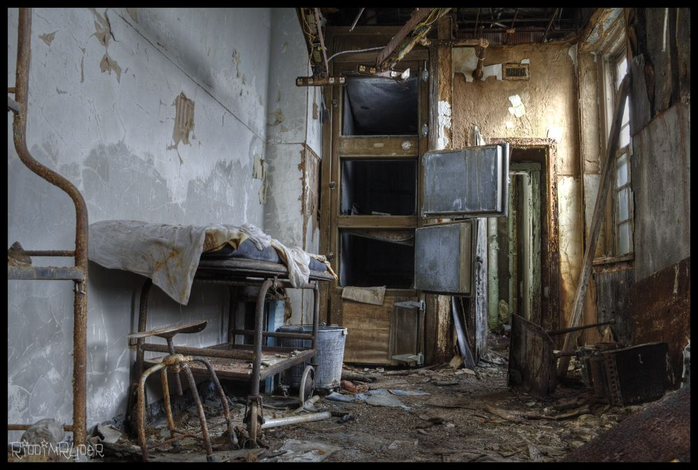 Morgue In An Abandoned Children S Insane Asylum Abandoned Asylums Abandoned Places Abandoned Buildings