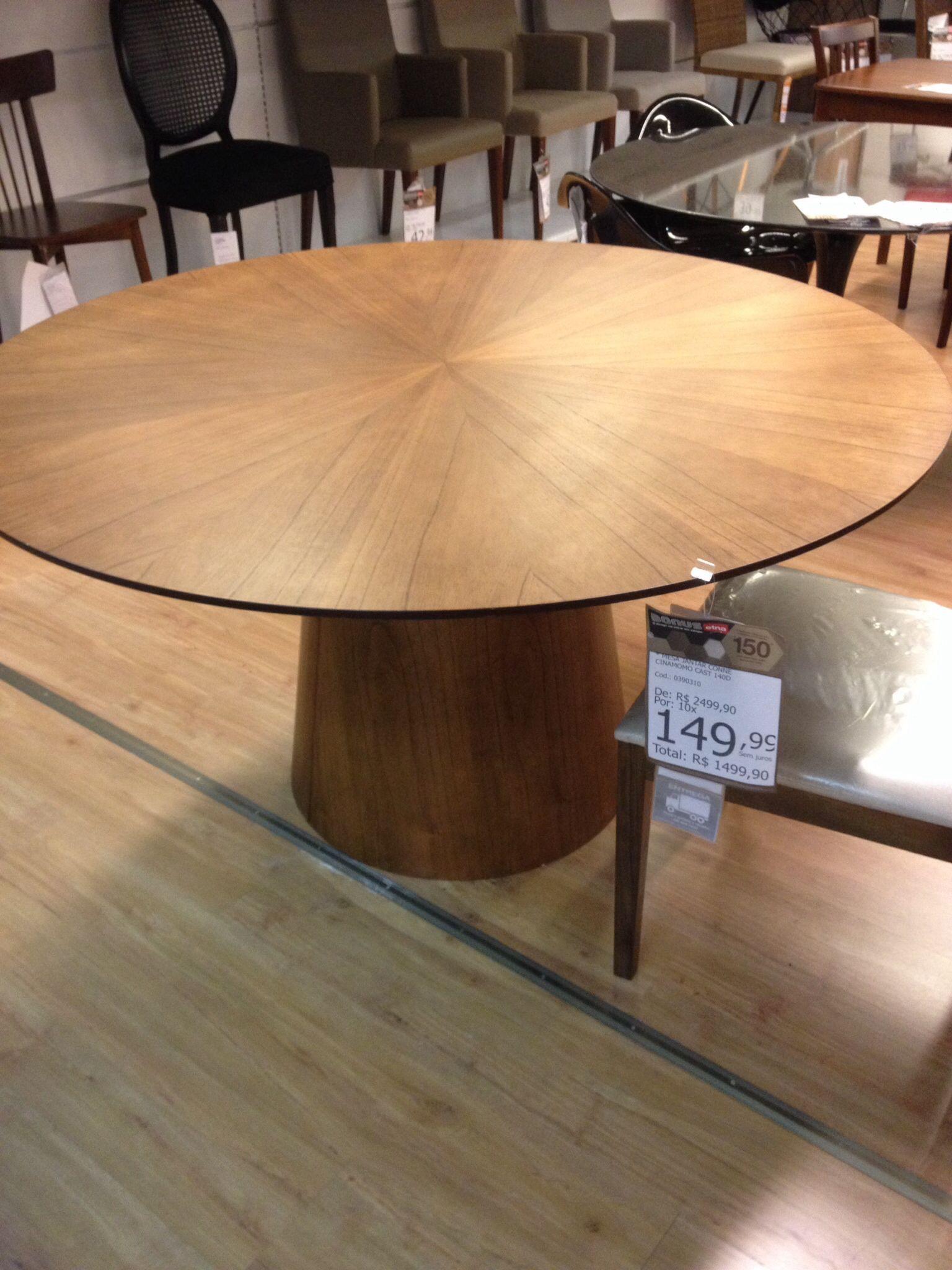 Mesa de jantar redonda etna decoracion mesa redonda for Arreglo sala comedor comedor