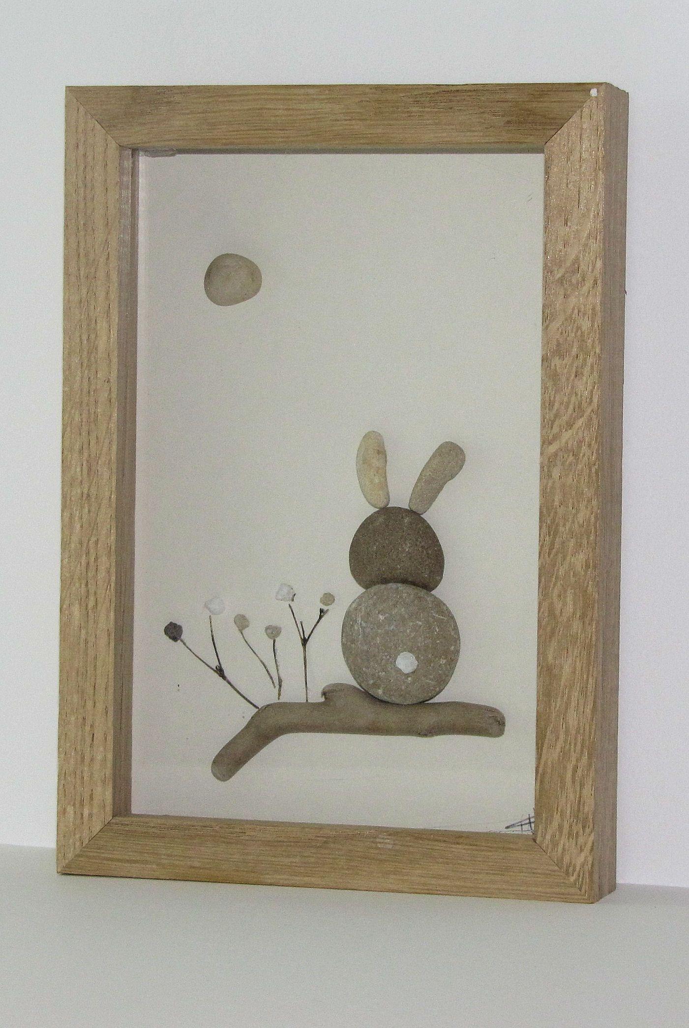 le lapin tableau avec galet de plage et bois flott d coration murale cadeau enfant. Black Bedroom Furniture Sets. Home Design Ideas