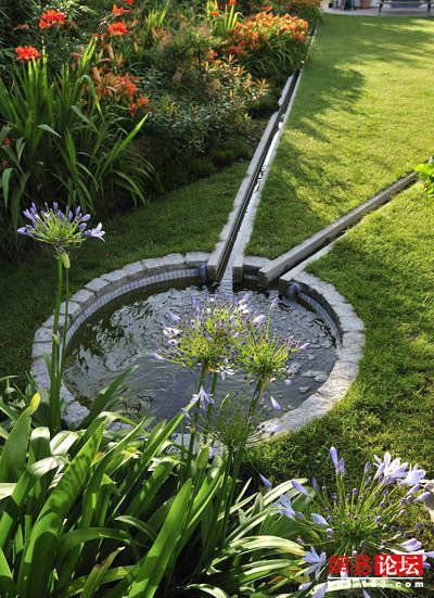 Can I Do Thisfor Dishcharge Spot With Sump Pump The Downspout Drainage Rain Garden Design Water Features In The Garden Ponds Backyard