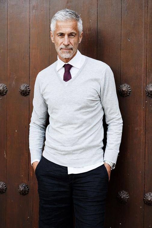 Silver Agence De Top Modeles De Plus De 40 Ans Paris Men Sblazer Old Men S Blazer In 2020 Older Mens Fashion Old Man Fashion Mens Fashion Suits Business
