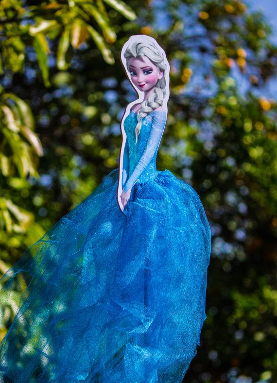 Frozen Elsa Wood Centerpiece with Tutu for Birthday Party Cake