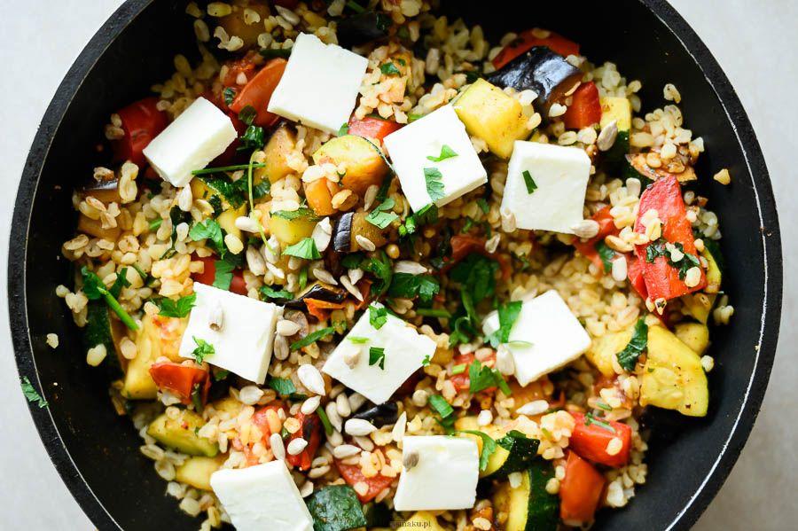 Smazony Bulgur Z Warzywami I Feta Do Pudelka Proste Szybkie Smaczne I Zdrowe Przepisy Tutaj Liczy Sie Smak Food Feta Cobb Salad