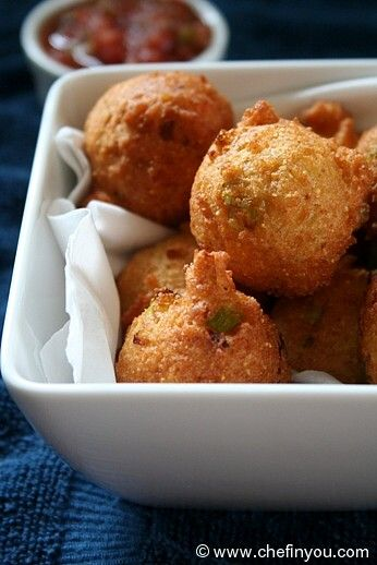 Hushpuppies Fried Cornbread Recipe Simple To Make Quick To Put Together And Budget Friendly These Cornmeal Fritters Are Recipes Hush Puppies Recipe Food