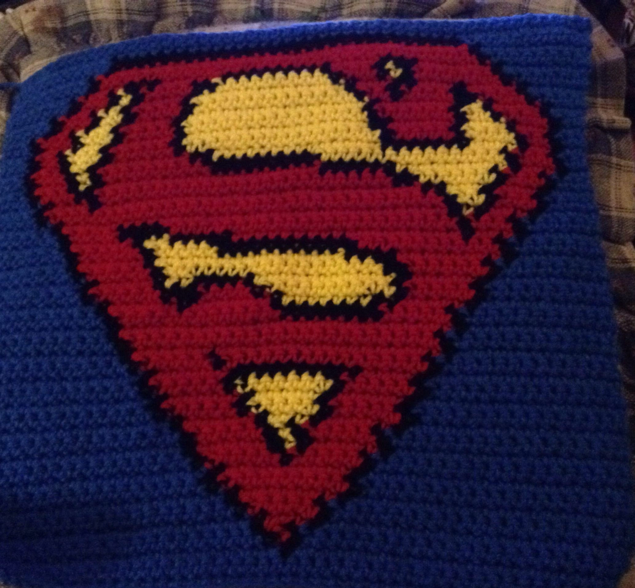 Logo Knitting Pattern : Superhero logo charts superman and super heros