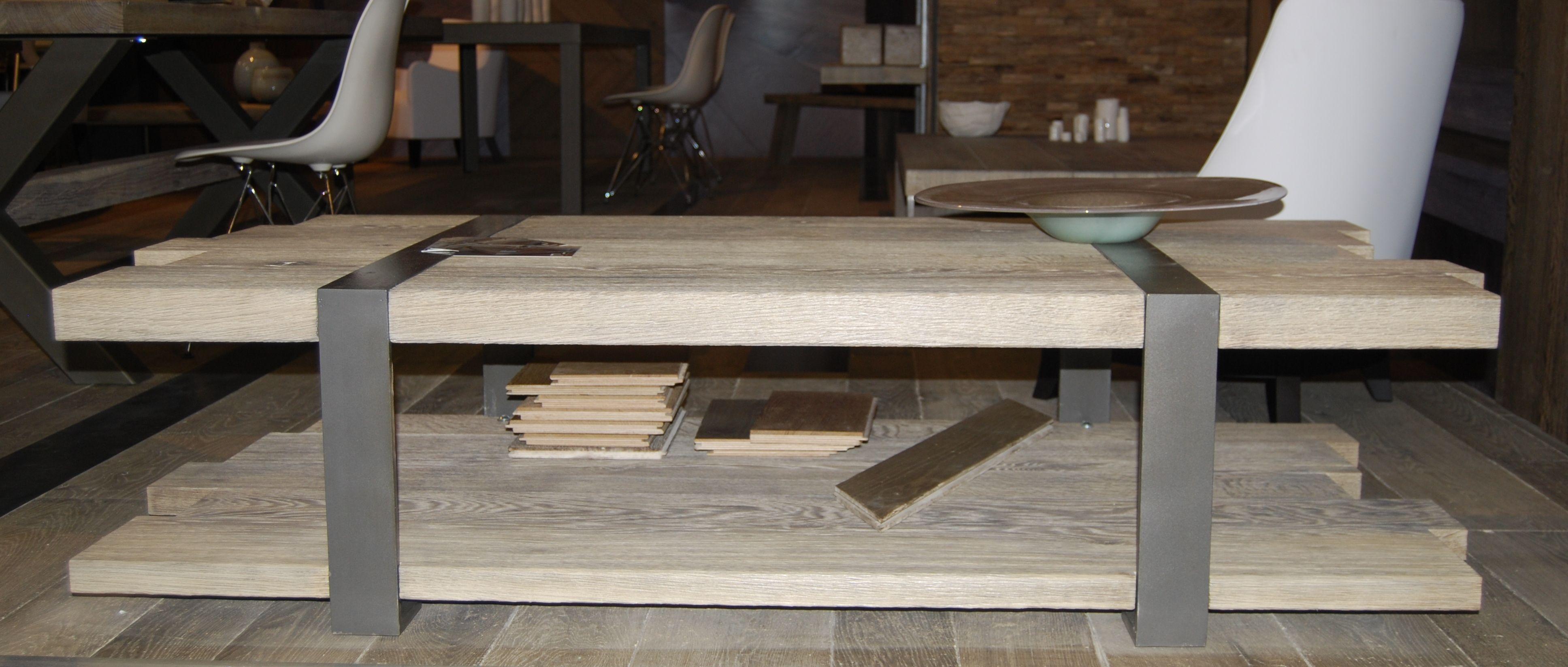 Tavolino Portariviste Legno.Tavolino Rettangolare In Legno Con Portariviste Da Salotto