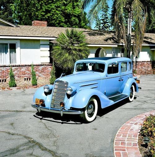 1934 Oldsmobile L34 Touring Sedan