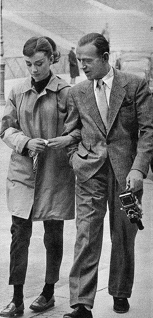 """Paseando con Fred Astaire durante el rodaje de """"Una cara con ángel"""""""