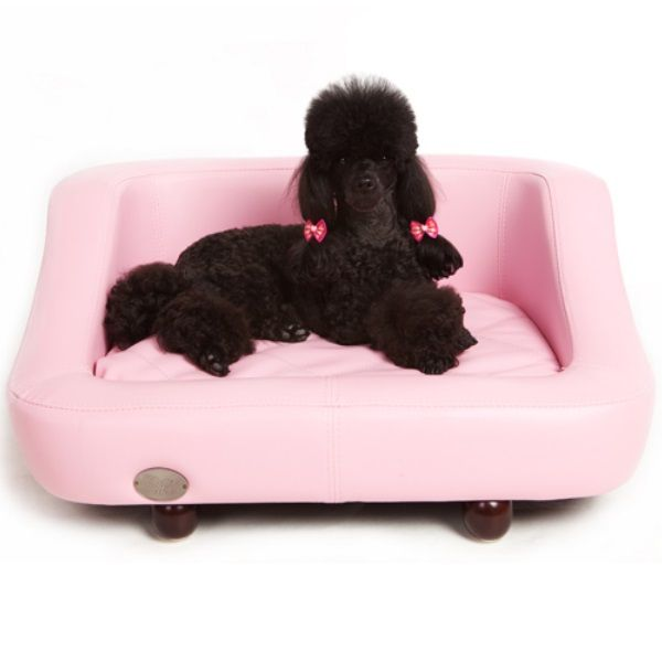 The Richmond Luxury Dog Bed From Chester Wells Is A Truly Stunning