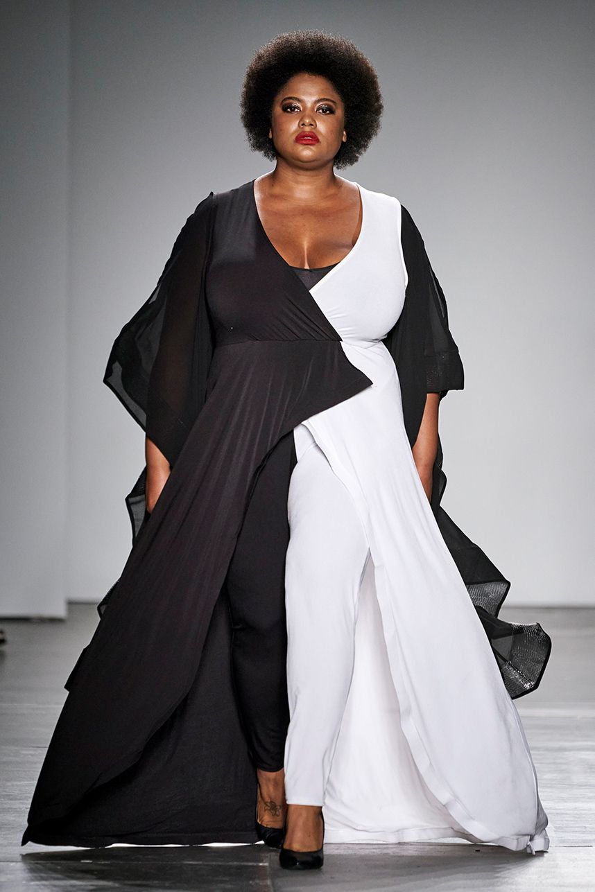 Plus Size Designer Rene Tyler Stole The Show At New York Fashion Week Plus Size Designers Fashion Plus Size Fashion