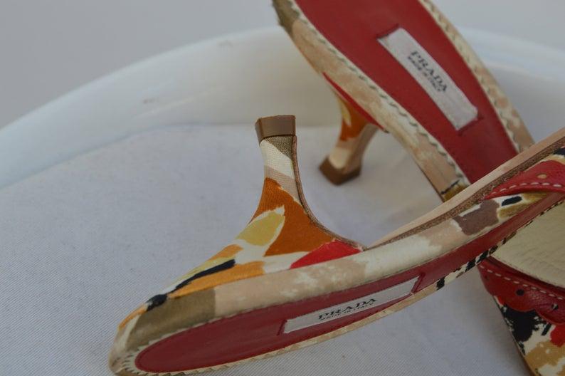 Sandales en cuir PRADA vendu / / / 1980 / 36 1/2 taille / vintage Prada / Prada shoes / multicolore sandales prada