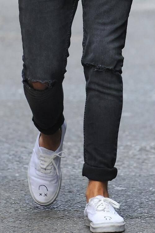 Louis Tomlinson Smiley Face Tattoo: I Love How He Roles His Pants Still > AND HIS SMILEY FACES