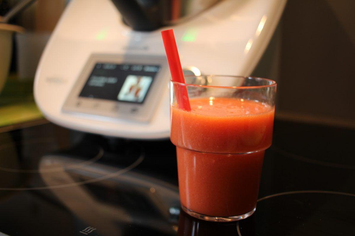 Thermomix TM5 Quickie: Erdbeer-Smoothie (Rezept)   Thermo Getränke ...