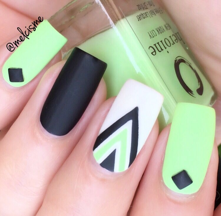 Tape design, reminds me of Peridot from Steven Universe | Nails ...