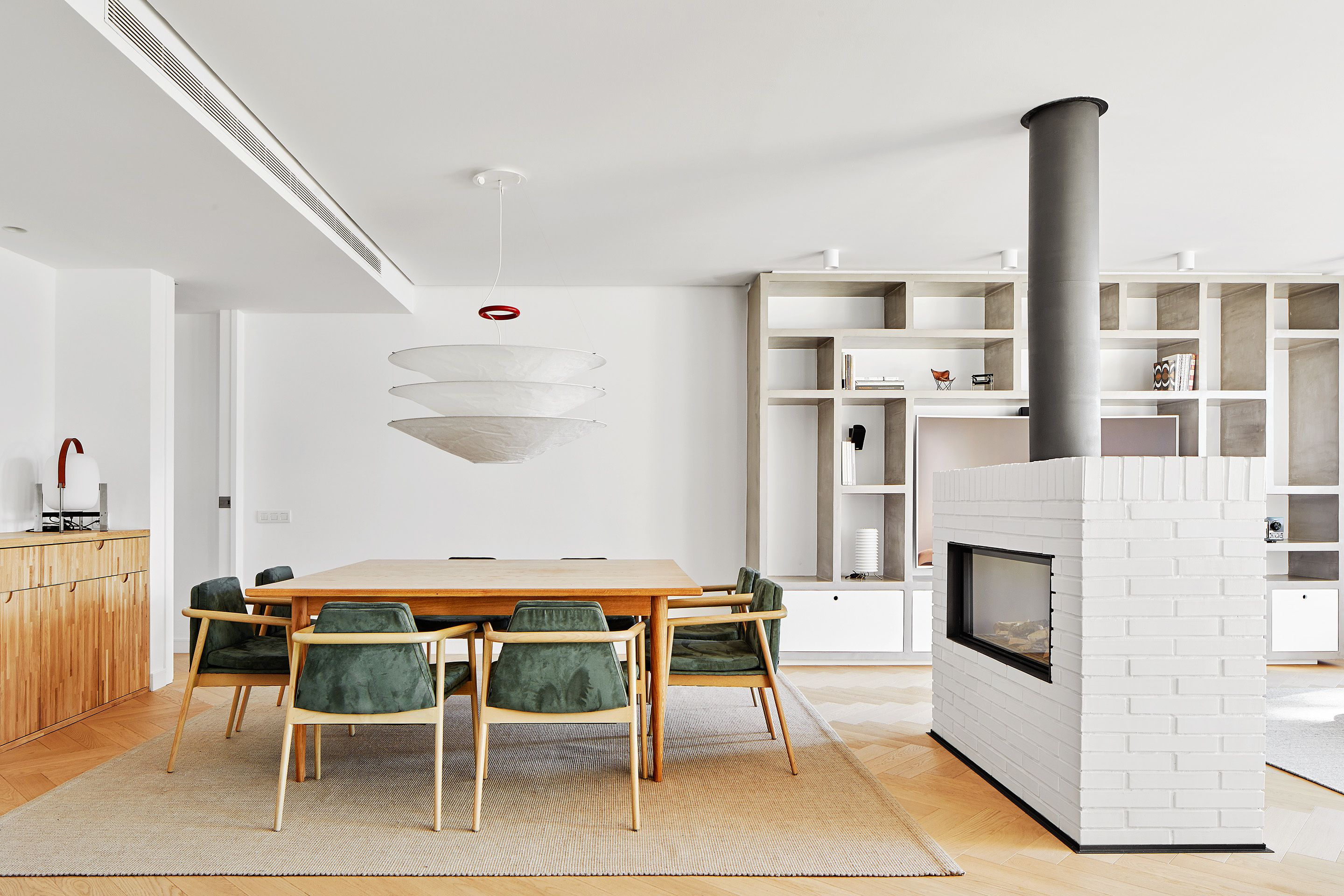 Beautiful Duplex in Barcelona by CONTI, CERT | Dining, Interiors and ...