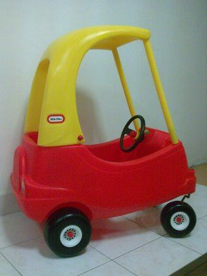 Little tykes red and yellow car old toys pinterest - Little tikes cosy coupe car best price ...
