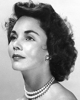 Jennifer Jones #hollywoodstars