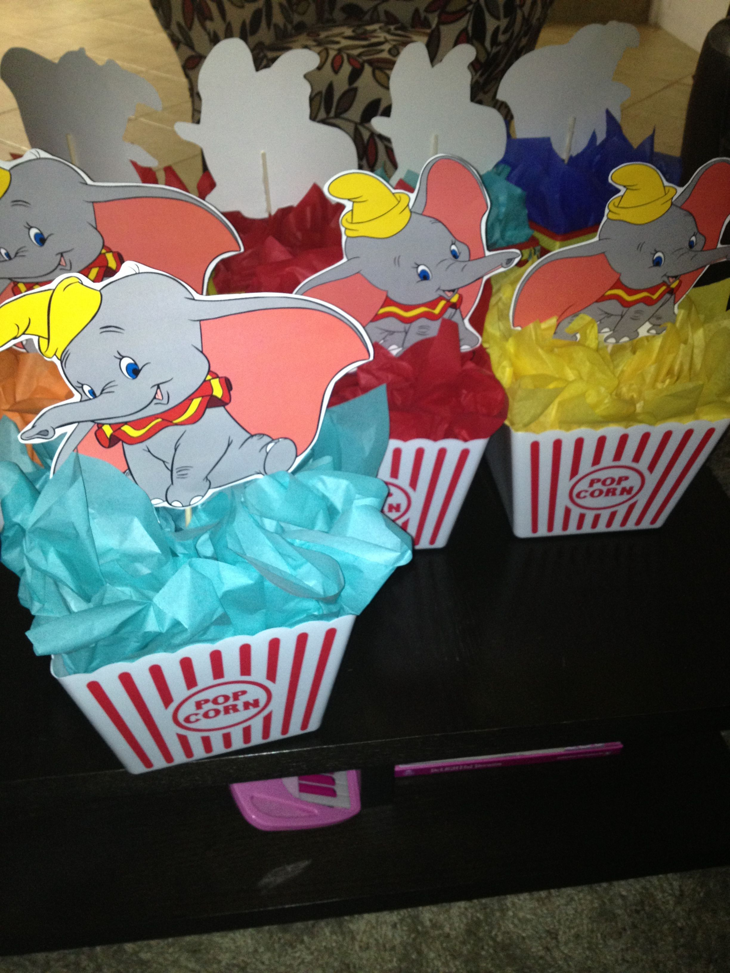 Dumbo Centerpieces In 2019 Dumbo Birthday Party Dumbo