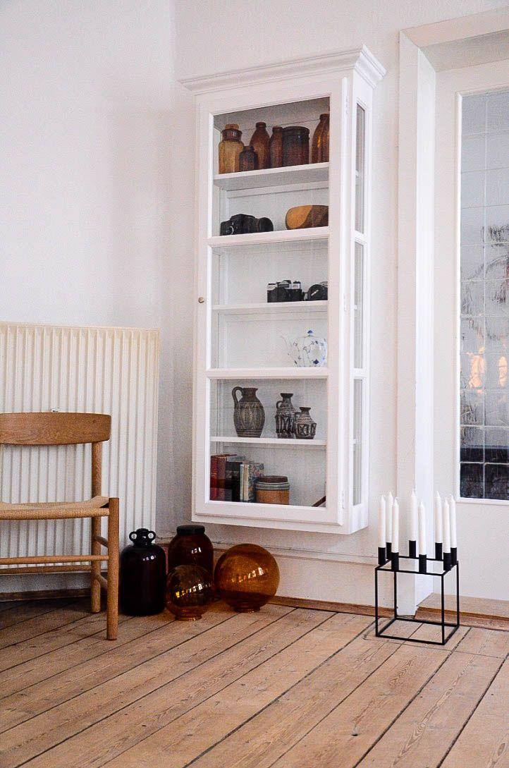 Wall Mounted Glass Door Shelving Unit Shelf Life Soveværelse