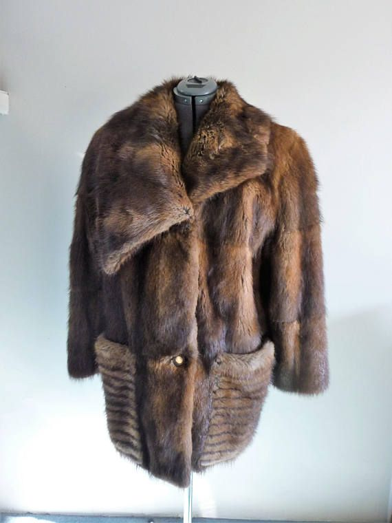 72e9e2b8fe80 Ladies Fur Coat With Brown Silk Lining 3/4 Length Muskrat Coat ...