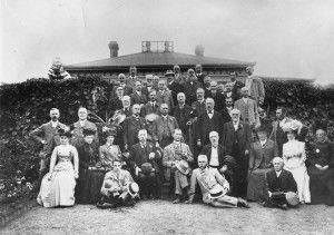 Group portrait infront of Carlton House, Mt. Morgan, Queensland, ca. 1910