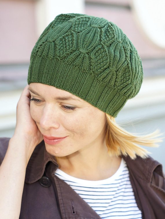Hand knit beanie hat beanie Chunky green hat Crochet Beret with cables Women crochet light overcoat hat Women green beret Crochet Beret