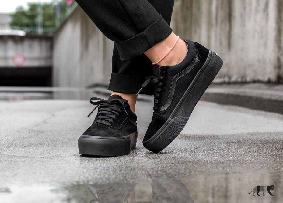 Znalezione Obrazy Dla Zapytania Old Skool Platform Black Shoes All Black Sneakers Black Fashion