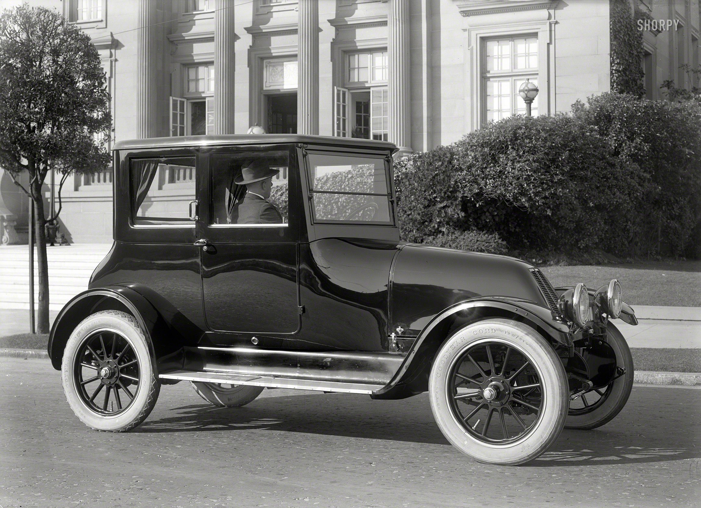 117 best Old Cars images on Pinterest | Old school cars, Antique ...