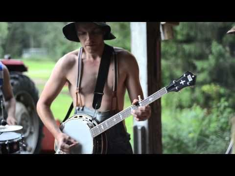 Thunderstruck By Steve N Seagulls No Really Give It A Chance Not That Bad And I Ll Make You Smile Thunderstruck Rock Songs Acdc
