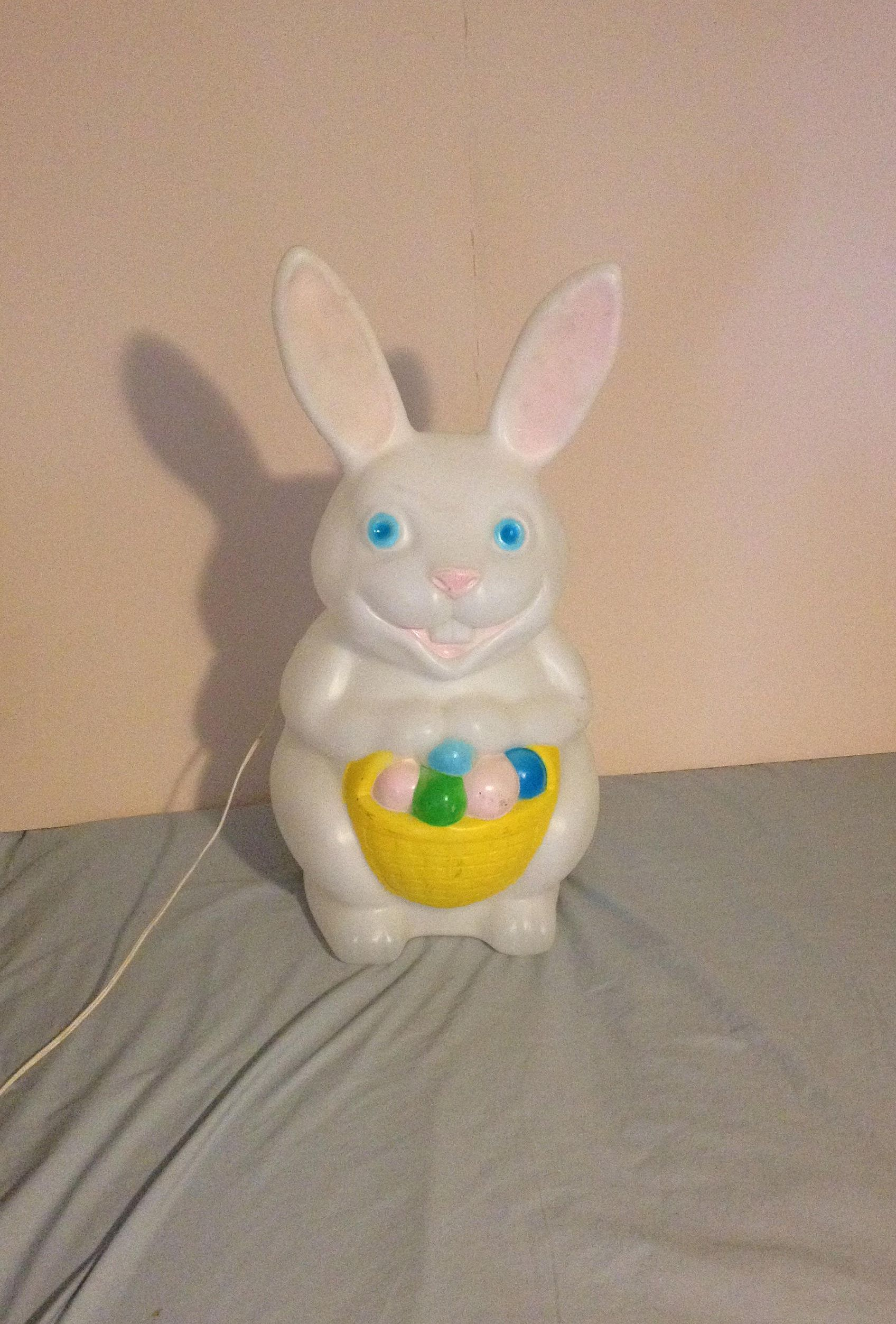 Large Vintage Retro Lighted Empire Plastic Easter Bunny Egg