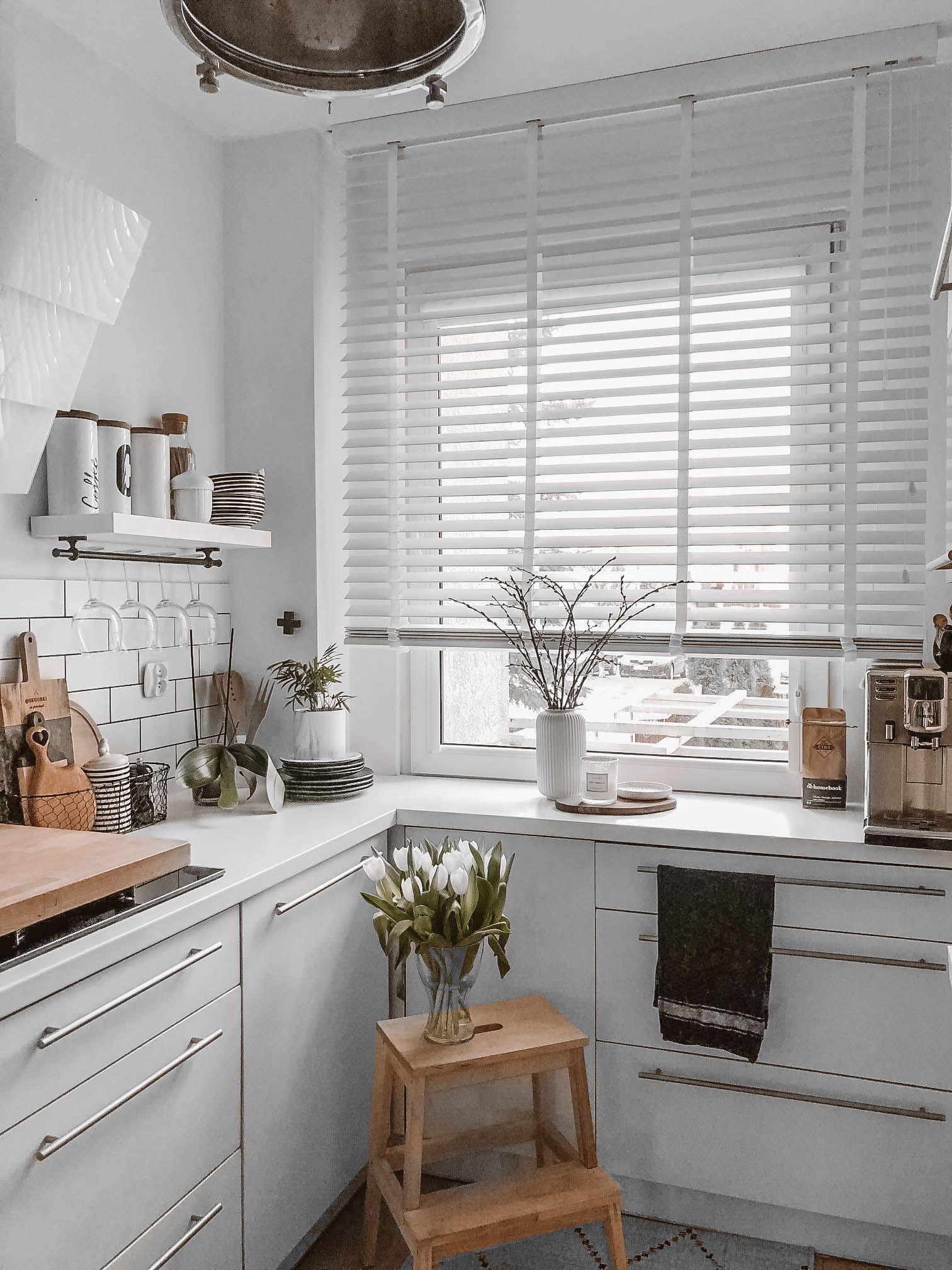 Zaluzja Drewniana U Skoorki Interior Design Kitchen House Interior Home Decor