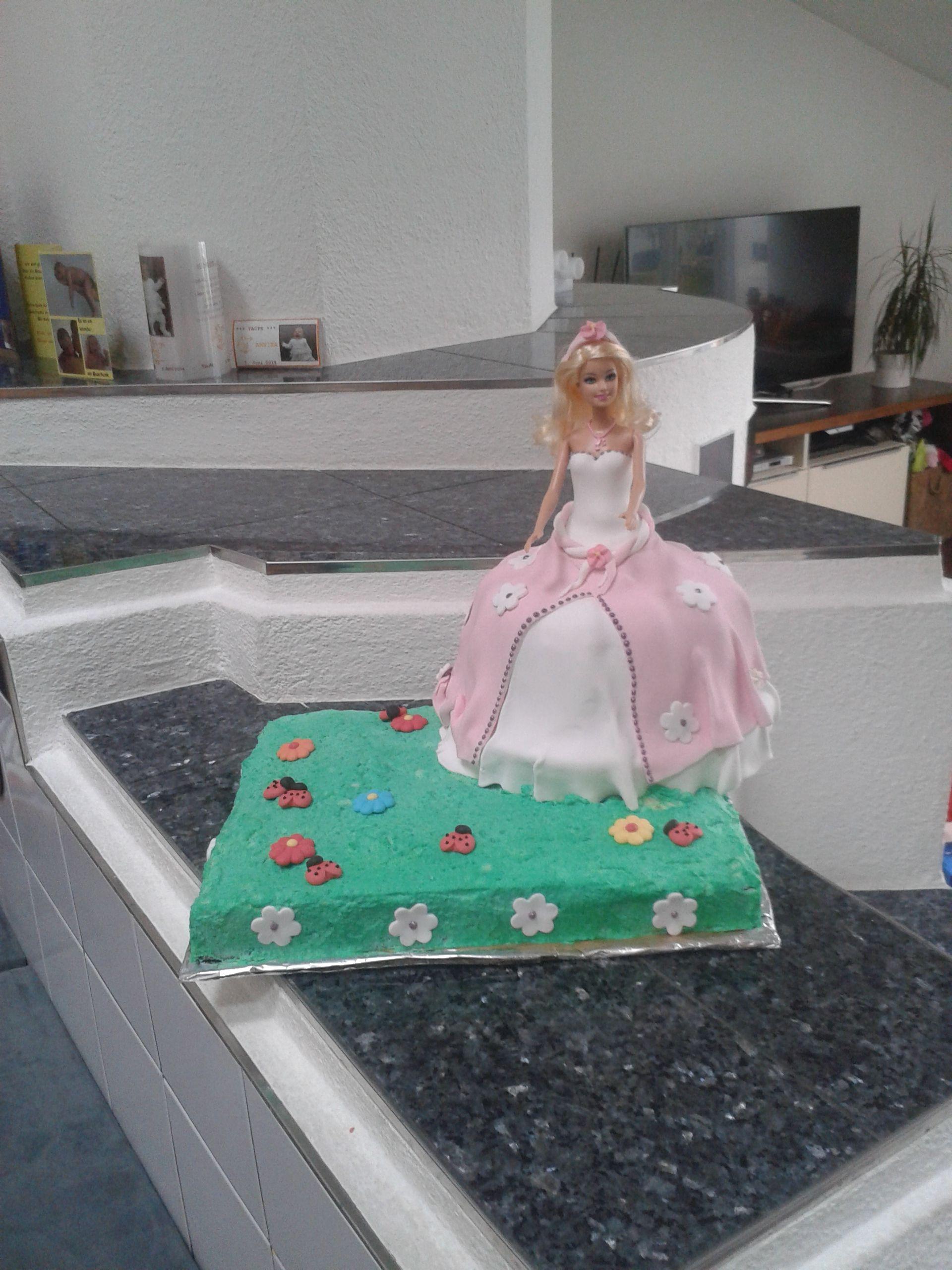 Barbie Kuchen + Wiese Prinzessin Mädchen