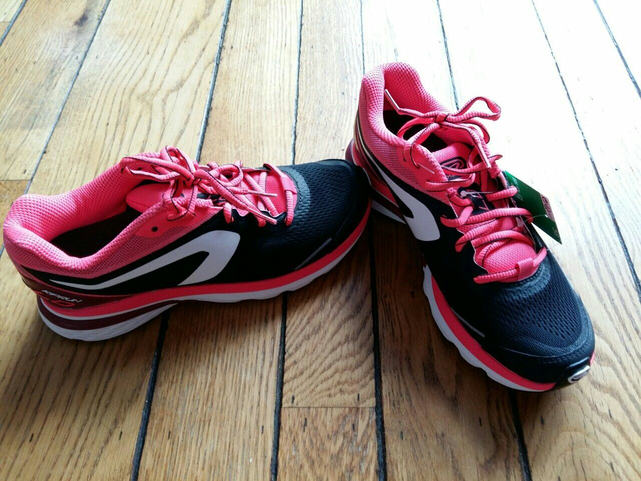 Running shoes by Decathlon | Fashion over 40, Fashion over ...
