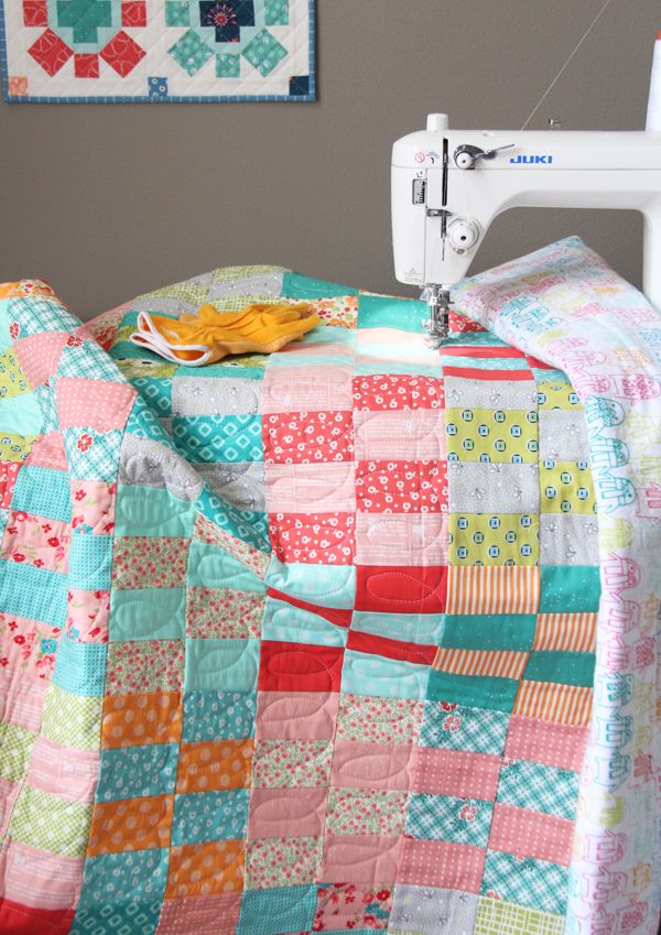 Easy Jelly Roll Quilt with Free Tutorial | Quilting | Pinterest