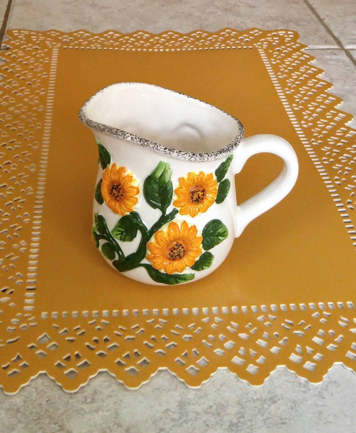 Vintage Sunflower Creamer Arc Hand-painted Embossed Sunflower Milk Pitcher Country Cabin Farmhouse Decor Retro Kitchen Tableware Home Living : arc tableware - pezcame.com