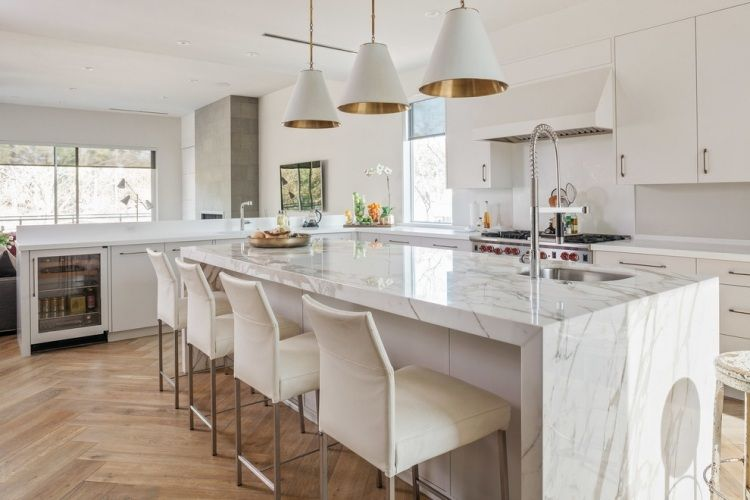 Dosseret et plan de travail marbre pour la cuisine 80 idées