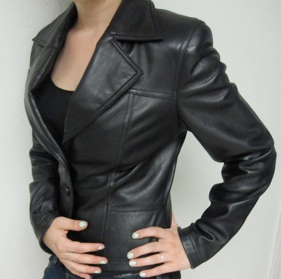 Vintage 70&39s women&39s Wilson&39s leather Jacket. Small pleated