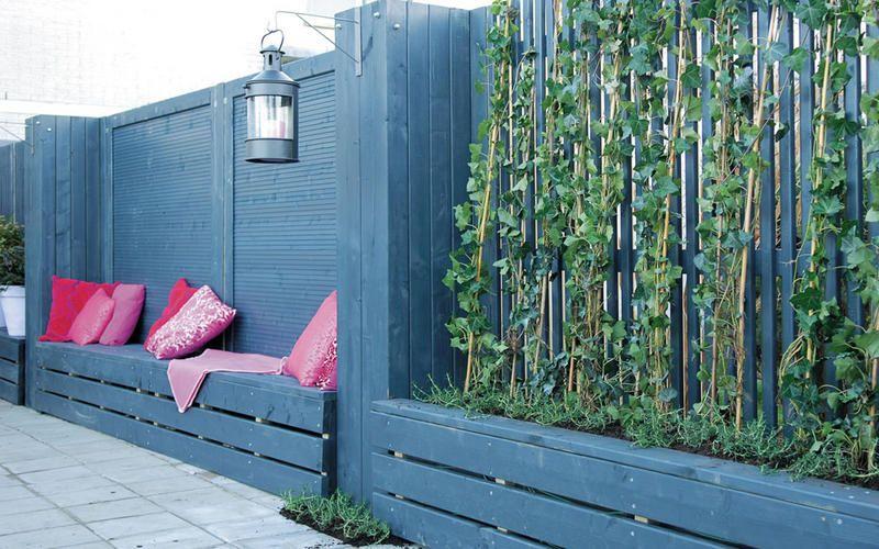 Houten Paletten Bank : Afbeeldingsresultaat voor houten schutting met bank pallet wood
