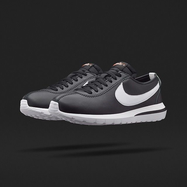 747f478aea41 A MODERN CLASSIC The Nikelab Roshe One Cortez Men s Shoe features details  that celebrate Nike s Blue Ribbon roots and a design that combines the  iconic ...