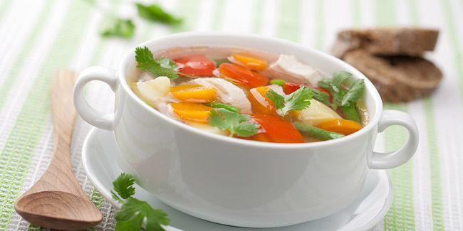 Resepi Berpantang Sup Ayam Lobak Putih Healthy Soup Recipes Chicken Soup Recipes Vegetable Recipes